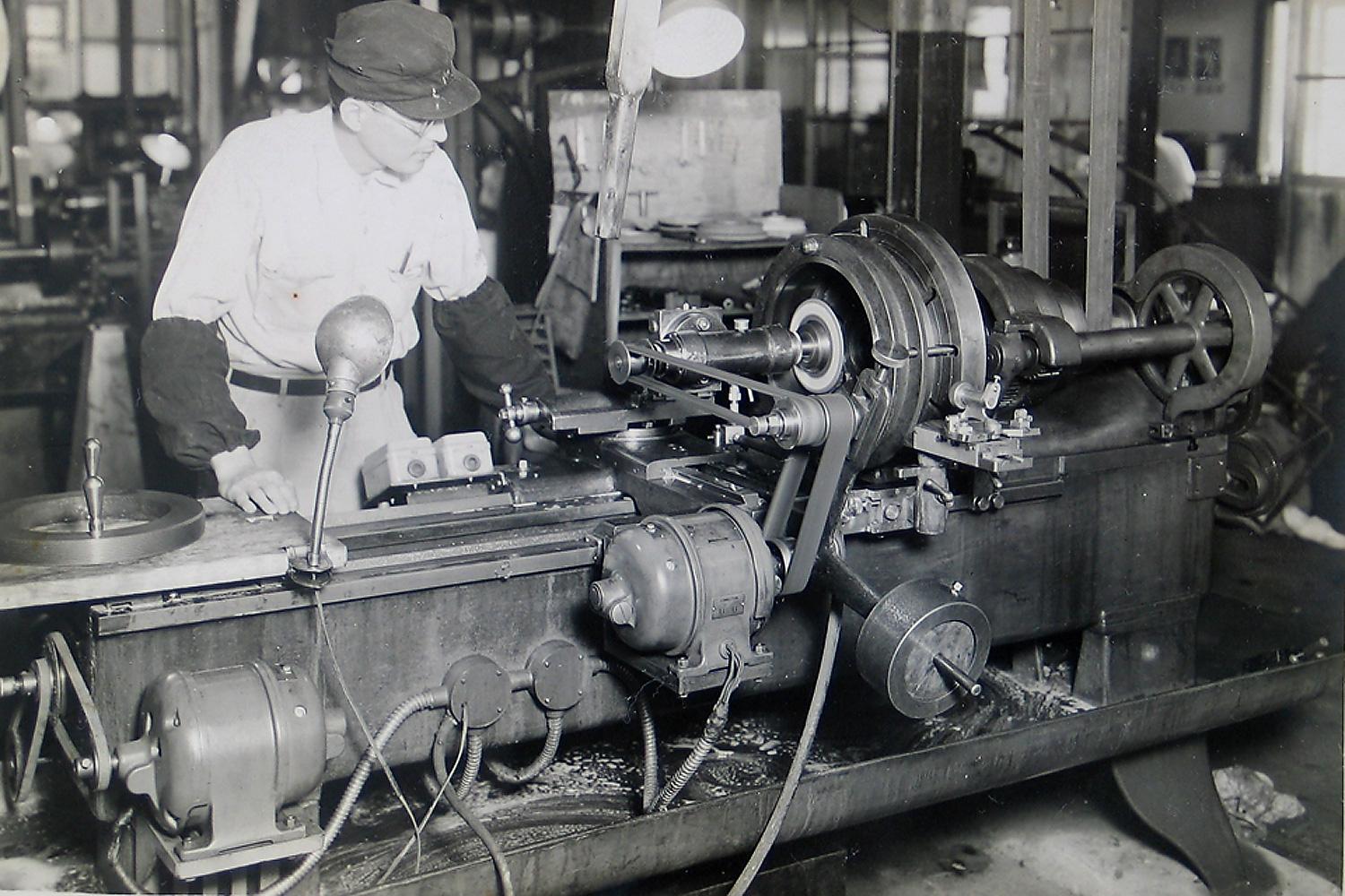 NISSIN PRECISION MACHINES